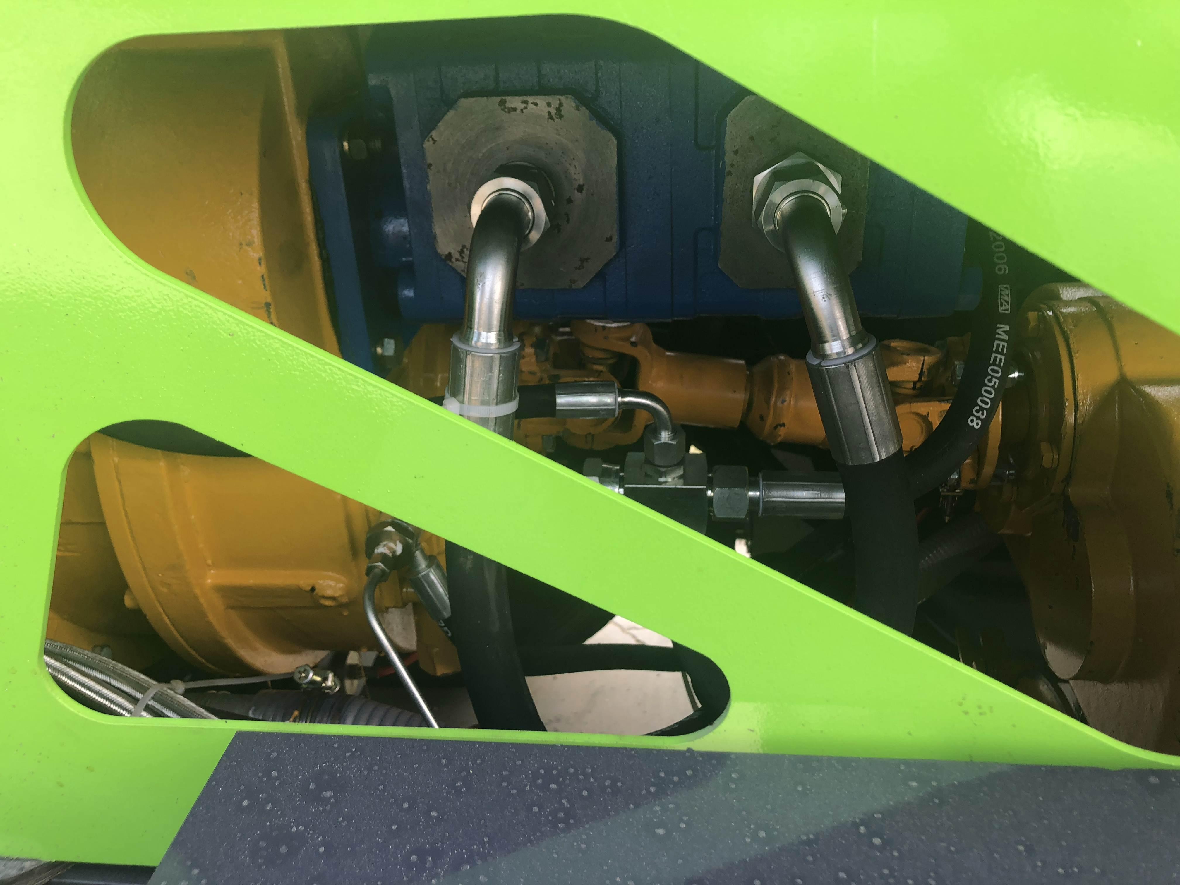 造成混凝土搅拌设备提升机排料量不足的原因?