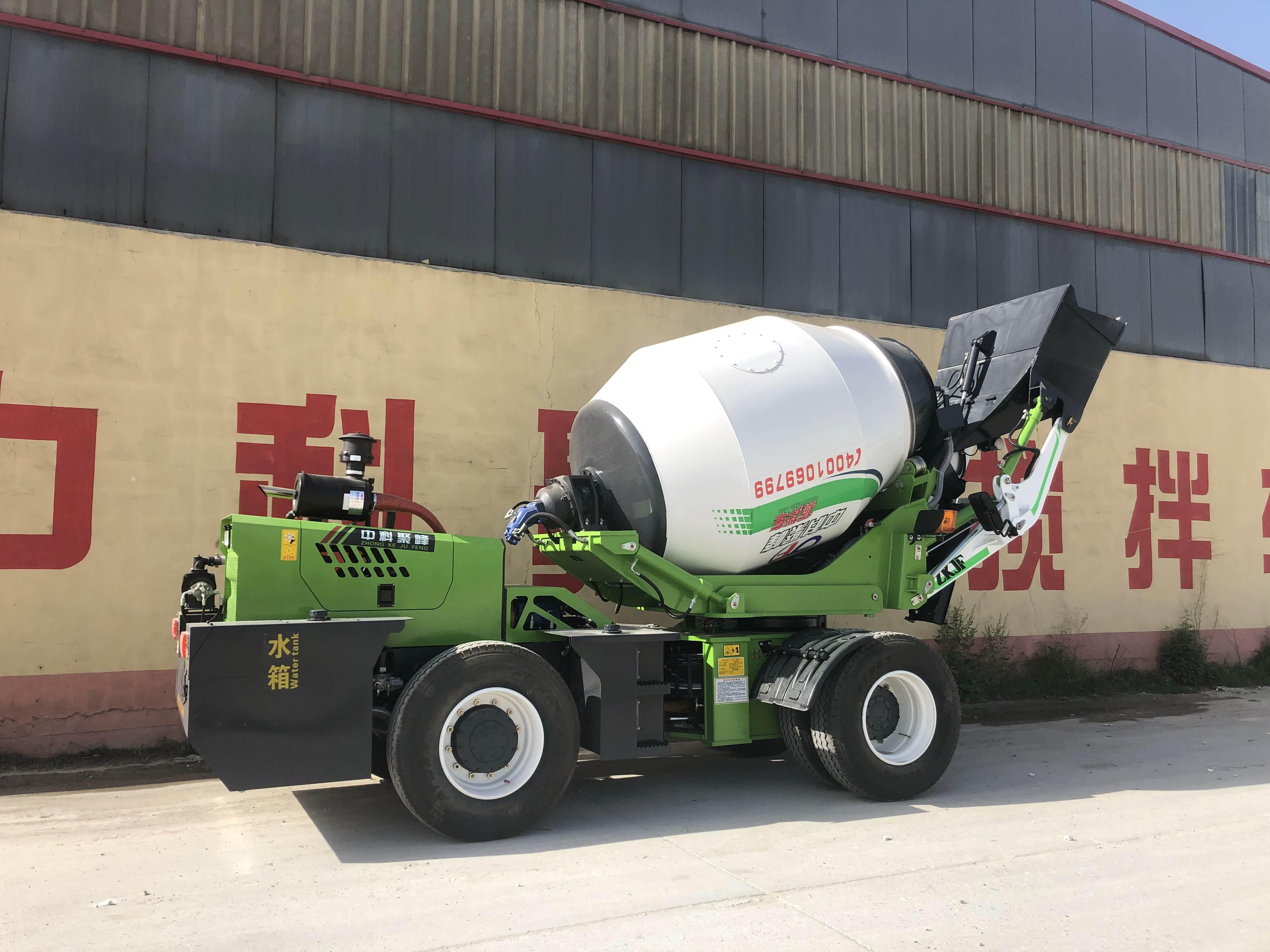 混凝土搅拌机的规格定期维护和保养可以延长设备